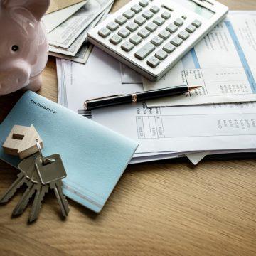 Czy lepiej mieć gotówkę czy mieszkanie?