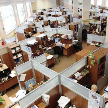 Sprawdź, jak zachować bezpieczeństwo w biurze w czasie pandemii