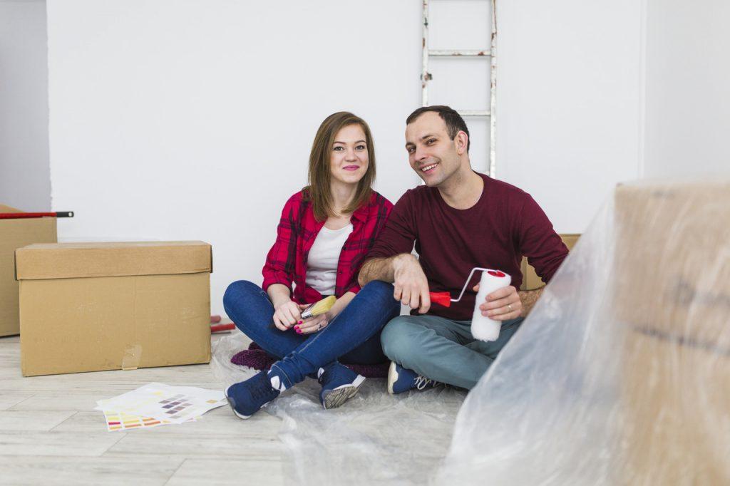 para w nowym mieszkaniu