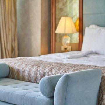 Co warto wstawić do pokoju hotelowego?