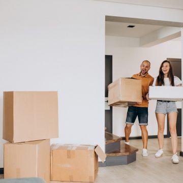 Pierwsze mieszkanie. Jak sprawnie urządzić i się przeprowadzić?